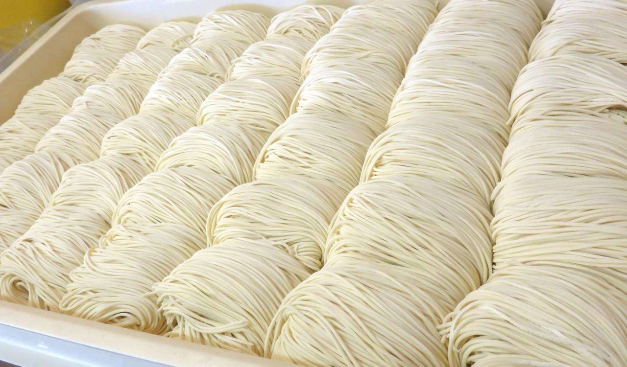 伝統の製麺レシピをスピード承継